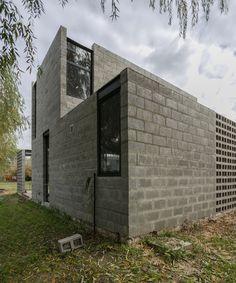 Unbelievable Modern Architecture Designs – My Life Spot Architecture Design, Contemporary Architecture, Concrete Houses, Concrete Blocks, Cinder Block House, Eco Deco, Warehouse Design, Brick And Stone, Design Studio