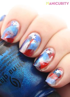 Manicurity: Patriotic Brushstroke Nails