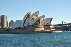 The iconic Sydney Opera House! @SydOperaHouse #sydney #travel Book cheap hotels here:http://bit.ly/CheapHotelsDeals …