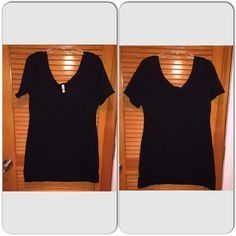 Xhilaration Short Sleeve Dress Xhilaration Short Sleeve Dress  - Worn & Washed 1-2times...in great condition!👍 - Material: 95% Cotton & 5% Spandex - Color: Black - Size: XXL - No stains, holes or smells ✔️ Xhilaration Dresses