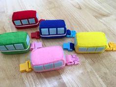 大公開! モンテッソーリ手作り教材 (リブログ大歓迎) | 横浜・大阪 モンテッソーリ こどものいえ(幼児教室) Paper Cup Crafts, Diy And Crafts, Diy For Kids, Crafts For Kids, Autism Crafts, Toddler Play, Sewing Toys, Baby Safe, Felt Dolls