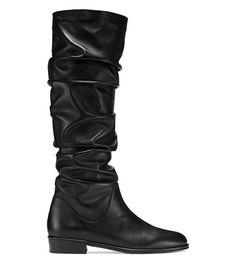 STUART WEITZMAN The Flatscrunchy Boot. #stuartweitzman #shoes #boot