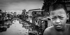Participa hasta el 31 de agosto en el XI Concurso de Fotografía El Foton elfoton.com #elfoton15 #Reportaje Usuario: mpereda (Filipinas) - Bajo el signo de la Miseria 5 - Tomada en Tondo, Manila el 13/03/2009  #photos #travel #viajes #igers #500px #Picoftheday #Fotos #mytravelgram #tourism #photooftheday #fotodeldia #instatravel #contest #concurso #instapic #instaphotomatix #Filipinas #Tondo #Manila #Asia Manila, Antonio Mora, Artwork, Pageants, Socialism, World, Pageant Photography, August 31, Philippines