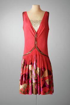 Evening Ensemble, New York City, ca. 1927, Red silk crêpe, melon silk charmeuse, organza, lace