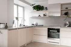 Quelques pistes pour optimiser les angles dans sa cuisine    Préférer un meuble à tiroirs quitte à perdre à laisser l'angle non utilisé