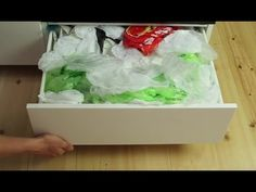 *** ranger des sacs en plastique dans une boite de mouchoir