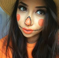 Well I'm gunna be a scarecrow this year . Time to look up some DIY makeup Well I'm gunna be a scarecrow this year . Time to look up some DIY makeup Scarecrow Halloween Makeup, Halloween Costumes Scarecrow, Halloween Makeup Looks, Halloween Kids, Scarecrow Face, Pretty Halloween, Meme Costume, Costume Makeup, Costume Ideas