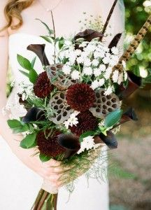 015-SBB-20-wedding-bouquets-feather-details-boho