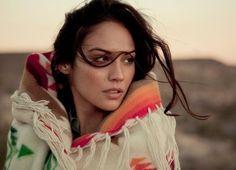 Native American beautiful-women-of-a-diverse-culture