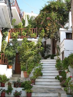 Beautiful house in Skopelos, northern Sporades, Greece (by Titanas).