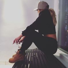 Timberland Boots, an American Icon ~ Fashion & Style Casual Outfits, Cute Outfits, Fashion Outfits, Fashion Pants, Swaggy Outfits, Fall Winter Outfits, Autumn Winter Fashion, Looks Style, My Style