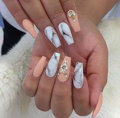 Design de unhas de mármore 25 com água e esmalte 2 Marble Nail Designs, Marble Nail Art, Acrylic Nail Designs, Nail Art Designs, Nail Polish Designs, Grey Acrylic Nails, Matte Nails, Blue Nails, Gold Nails