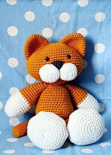 Cat amigurumi free pattern