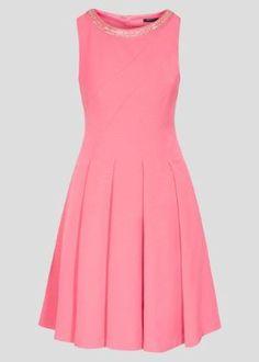 Modne sukienki na wesele, kreacje z koronki i tiulu - fashion4u.pl Dresses, Fashion, Vestidos, Moda, Fashion Styles, Dress, Fashion Illustrations, Gown, Outfits