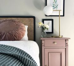 I always find the search for nice ones endless, but pimping these up with a lick of Farrow and Ball Sulking Room Pink and new handles has resulted in… Couch Table, Table And Chair Sets, Home Bedroom, Bedroom Decor, Bedroom Ideas, Master Bedroom, Bedside Table Styling, Painted Bedside Tables, Dresser As Nightstand
