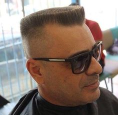 buzzcut barbershop long hair and lack of hair. willingly or forcefully and everything else that interests me Summer Haircuts, Haircuts For Men, Flat Top Haircut, Male Pattern Baldness, Shaved Head, Man Cut, Moustache, Barber Shop, Short Hair Cuts