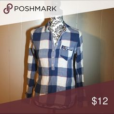 Hollister Flannel Women's small hollister flannel shirt. Please feel free to ask any questions or make an offer, and as always THANK YOU for shopping my posh closet! Xoxo -Tish Hollister Tops