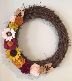 Fall felt wreath, thanksgiving wreath, front door wreath, autumn wreath, grapevine wreath