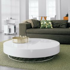 Arena Coffee Table by Cattelan Italia. What makes the Arena coffee table is its simple and modern aesthetics that exudes a Zen-like feel with its really Round Coffee Table Ikea, Round Metal Side Table, Coffee Table 2019, Circular Coffee Table, White Round Tables, Coffee Table Design, Side Tables, Contemporary Coffee Table, Modern Coffee Tables