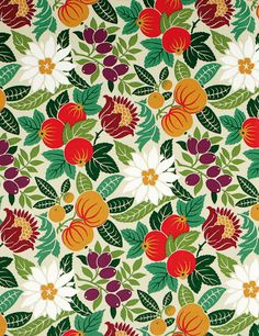 Naturaleza | Flores y frutos son el estampado del modelo Copacab Multi, 100% algodón