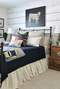 The farmhouse style guest room has a new look for the fall season with a few updates You can see the way it looked before here .I loved...