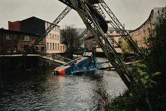 Wuppertaler-Schwebebahn-1