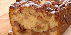 It's apple-picking season! Our newest, most autumnal favorite way to enjoy the fresh-picked fruits? This simple-to-make Apple Fritter Bread! Apple Fritter Recipes, Apple Fritter Bread, Apple Dessert Recipes, Apple Fritters, Sweet Desserts, Apple Recipes, Bread Recipes, Easy Recipes, Beignets