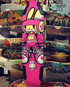 Bike rabbit 'babbit' longboard deck graphic tuning design. Designed by DOLDOL.  #Snowboard #skateboard #sk8 #longboard #surf #graphicdesign #design #secter9 #stickers #extreme #board #characterdesign #doldol #graphicer #tuning  #스노우보드 #스케이트보드 #롱보드 #그래픽디자인 #캐릭터디자인 #로디드 #방그라 #illust #graffiti #bike #pink #돌돌디자인 #롱보드스티커 #rabbit