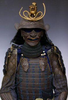 Guy in the USA selling hundreds of samurai Armor