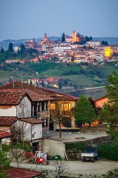 10 Most Beautiful Towns & Villages of Piedmont, Italy Cool Places To Visit, Places To Go, Italy Destinations, Transylvania Romania, Piedmont Italy, Sicily Italy, Natural Scenery, Northern Italy, Where To Go
