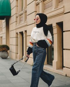 Hijab Fashion 359936195221013599 - Fielsa Source by keberahmatagmai Modern Hijab Fashion, Street Hijab Fashion, Muslim Fashion, Modest Fashion, Fashion Outfits, Fashion Fashion, Fashion Ideas, Vintage Fashion, Hijab Fashion Inspiration
