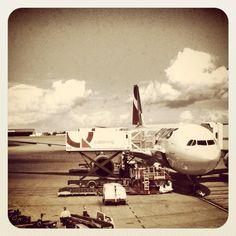 Off to work...interstate Qantas A330