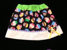 Girls size  5/6 girls cupcake print skirt. Hand made by pcarrasco,