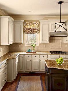Nice 90 White Farmhouse Kitchen Cabinet Makeover Ideas https://decorapartment.com/90-white-farmhouse-kitchen-cabinet-makeover-ideas/