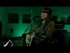 Kate Nash - Nicest Thing Live on Abbey Road ... una de las canciones más tristes, pero a la vez más bellas que he escuchado! :D