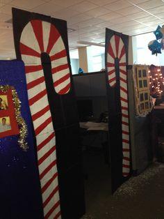 Office cubicle Office Cubicle, Office Christmas, Xmas Decorations, Christmas Door Decorations, Christmas Decor