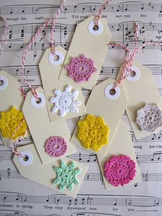 Add crochet to gift tags tags as gifts more in link wrapping Crochet Gifts, Cute Crochet, Cute Teacher Gifts, Handmade Gift Tags, Card Tags, Crochet Flowers, Diy Gifts, Crochet Projects, Cardmaking