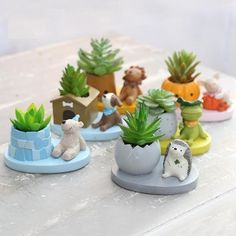 ROOGO 6 Shape Cute Animal Planters Japanese Kawaii Style Succulents Flower Pot Mini Bonsai Desktop Office Home Garden Container Mini Bonsai, Succulent Care, Succulent Terrarium, Small Succulents, Planting Succulents, Clay Projects, Clay Crafts, Cactus Flower, Flower Pots