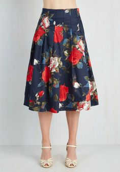 Greenhouse Grandeur Skirt in Navy. Your green thumb has been known to influence your prettiest outfits, and this navy midi skirt fittingly strikes your fancy. #blue #modcloth