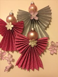 Christmas Angel Ornaments, Christmas Craft Projects, Diy Christmas Decorations Easy, Christmas Ornament Crafts, Kids Christmas, Holiday Crafts, Advent, Holidays, Mosaic Crafts