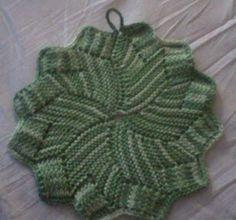 Share Knit and Crochet: Knit coaster pattern Knitted Washcloth Patterns, Knitted Washcloths, Dishcloth Knitting Patterns, Knit Dishcloth, Knitted Blankets, Knit Patterns, Free Knitting, Free Crochet, Knit Crochet