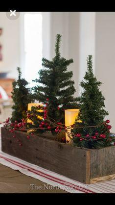 Christmas Decor Diy Cheap, Farmhouse Christmas Decor, Christmas Table Decorations, Country Christmas, Outdoor Christmas, Christmas Projects, Simple Christmas, Winter Christmas, Christmas Home