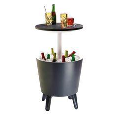 De Keter Coolbar is een koelbox, cocktailtafel en koffietafel in één. Het ontwerp heeft een uitschuifbare bovenkant die een simpele bijzettafel verandert in een originele cocktailtafel. Ideaal voor feestjes, barbecues en cocktailparty's!