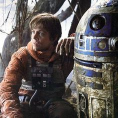 Hot: Star Wars actor Mark Hamill pays tribute to Kenny Baker
