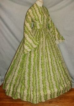 All The Pretty Dresses: Green Print American Civil War Era Summer Dress Civil War Fashion, 1800s Fashion, Victorian Fashion, Vintage Fashion, Victorian Era, Pioneer Clothing, Vintage Dresses, Vintage Outfits, Historical Clothing