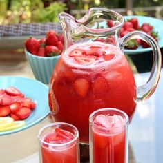 Strawberry lemonade drink