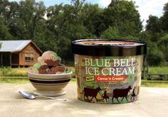 Blue Bell Creameries Introduces Camo 'n Cream Flavor - Camouflage-Inspired Ice… Best Ice Cream, Vanilla Ice Cream, Dessert Drinks, Dessert Recipes, Blue Bell Creameries, Good Food, Yummy Food, Awesome Food, Ice Cream Flavors