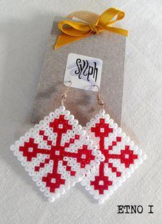 Earrings made of Hama Mini Beads Etno I by SylphDesigns Hama Beads Design, Hama Beads Patterns, Beading Patterns, Hama Mini, Bead Crafts, Jewelry Crafts, Perler Earrings, Hama Beads Christmas, Iron Beads