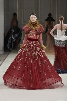 westerosenvogue - Posts tagged the westerlands High Class Fashion, Photos Du, Fashion Outfits, Womens Fashion, Marie, Ball Gowns, Fashion Beauty, Vogue, Clothes For Women