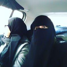 "88 Likes, 4 Comments - الزّرقآء (@mrat_le7ya) on Instagram: ""حرام تصور أصلا لحاجة ميكة"""